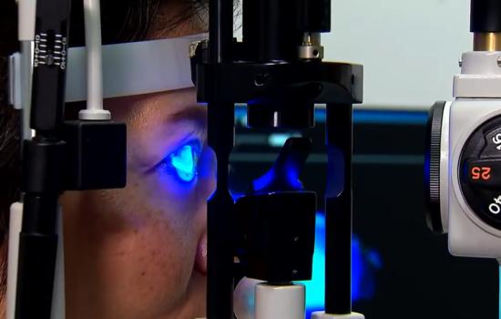眼乾症成因很多,但也可歸納為「淚水分泌不足」及「淚液過度揮發」兩大類